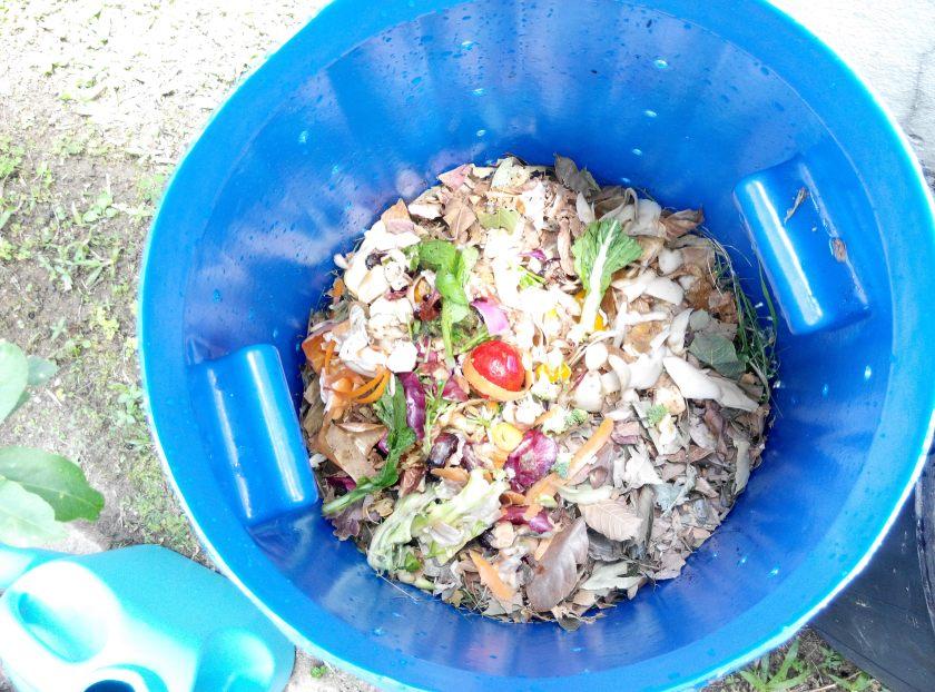 23-kitchen-waste